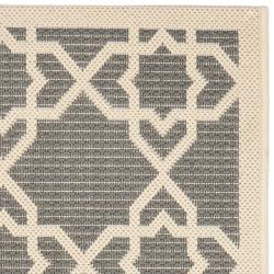 Safavieh Courtyard Geometric Trellis Grey/ Beige Indoor/ Outdoor Rug (2'4 x 9'11) - Thumbnail 1