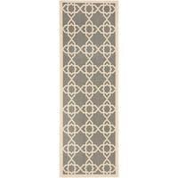 """Safavieh Courtyard Geometric Trellis Grey/ Beige Indoor/ Outdoor Rug - 2'3"""" x 6'7"""""""
