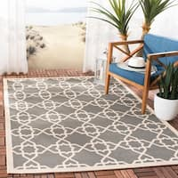 "Safavieh Courtyard Geometric Trellis Grey/ Beige Indoor/ Outdoor Rug - 2'7"" x 5'"