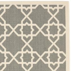 Safavieh Courtyard Geometric Trellis Grey/ Beige Indoor/ Outdoor Rug (5'3 x 7'7)