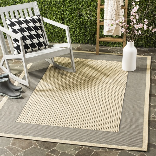 """Safavieh Poolside Grey/ Cream Indoor Outdoor Rug - 2'7"""" x 5'"""