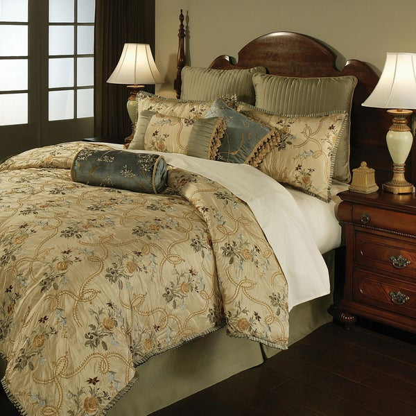 French Brocade Floral 4-piece Comforter Set