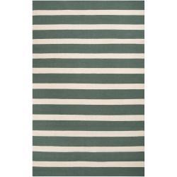 Hand-woven Green Wool Frontier Reversible Rug (8' x 11')