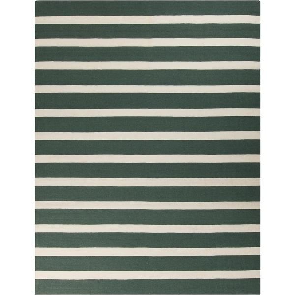 Hand-woven Green Wool Frontier Reversible Area Rug - 8' x 11'
