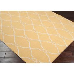 Hand-woven Babylon Sunflower Yellow Flatweave Wool Rug (9' x 13')