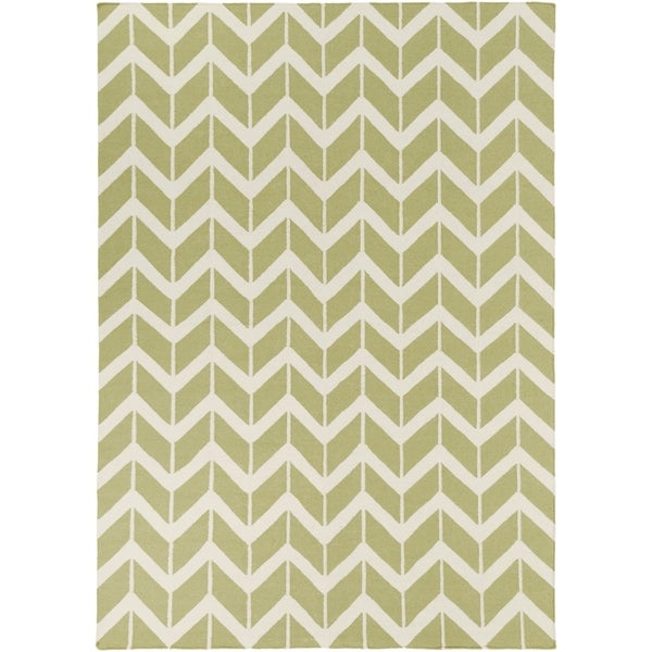 Hand-woven Green Dikotter Wool Area Rug - 8' X 11'