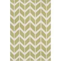 Hand-woven Green Dikotter Wool Area Rug - 5' x 8'