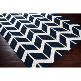Hand-woven Navy Backoo Wool Rug (5' x 8')