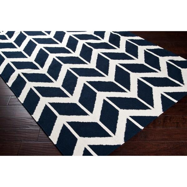 Hand-woven Navy Backoo Wool Rug (5' x 8')