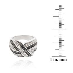 DB Designs Black and White 1/2ct TDW Diamond Criss-cross Band Ring - Thumbnail 2