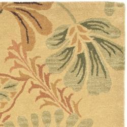 Safavieh Handmade Botanical Gardens Beige Wool Rug (4' x 6') - Thumbnail 1