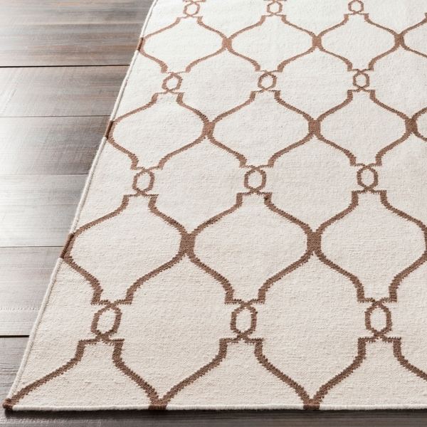 Hand-woven Colossus Ivory Flatweave Wool Area Rug - 3'6 x 5'6