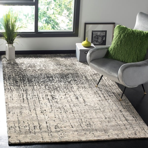 Safavieh Retro Mid-Century Modern Abstract Black/ Light Grey Distressed Rug - 8' x 10'