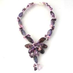 Handmade Sea Beauty Natural Purple Seashell Toggle Necklace (Thailand)