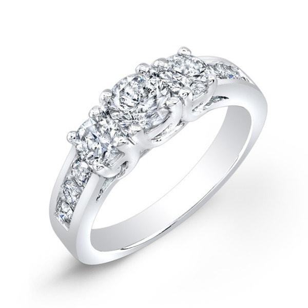 14k Gold Round 1 1/2ct TDW 3-Stone Diamond Engagement Ring by Auriya
