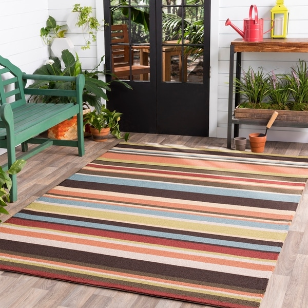 Hand-hooked Red Maren Indoor/Outdoor Stripe Area Rug - 8' x 10'