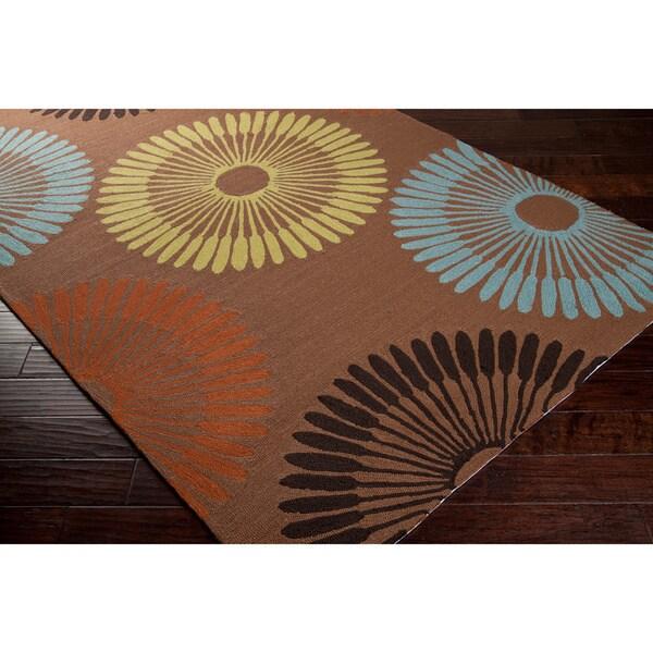 Hand-hooked Brown Cadotte Indoor/Outdoor Geometric Rug (8' x 10')