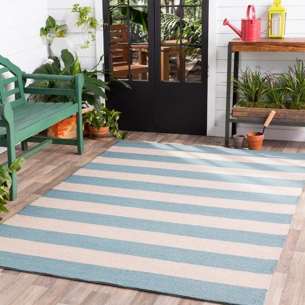 Hand-hooked Blue Maligne Indoor/Outdoor Stripe Area Rug - 8' x 10'