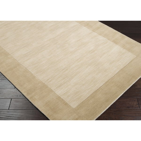 Hand-crafted Beige Tone-On-Tone Bordered Disposo Wool Area Rug - 8' x 11'