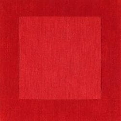 Hand-crafted Solid Red Tone-On-tone Bordered Cryo Wool Rug (7'6 x 9'6)