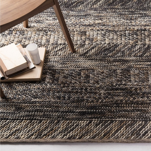 Hand-woven Grey/ Brown Casual Boti Wool Area Rug (8' x 10')