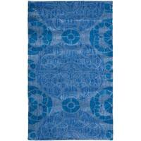"Safavieh Handmade Chatham Treasures Blue New Zealand Wool Rug - 2'6"" x 4'"