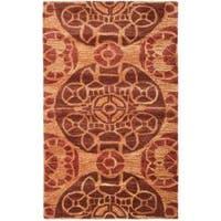 Safavieh Handmade Chatham Treasures Cinnamon N.Z. Wool Rug - 2'6 x 4'