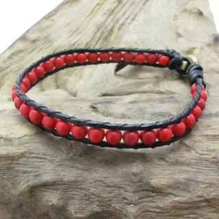 Round Charm Single Strand Leather Bracelet (Thailand)