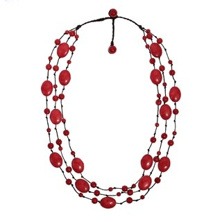 Handmade Synthetic Coral Triple Layer Floating Bubble Cotton Rope Red Necklace (Thailand)
