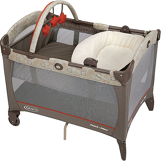 Graco Pack 'n Play Playard with Reversible Napper & Changer in Forecaster