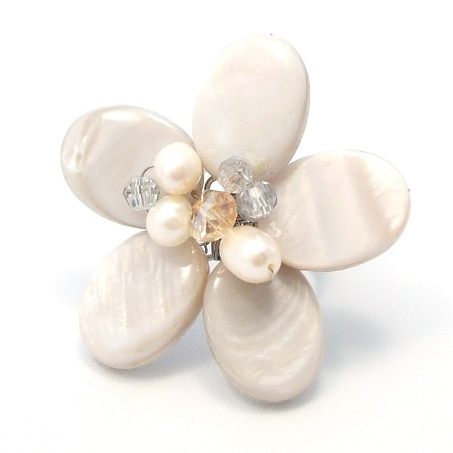 Grayish Daisy Mother of Pearl Free Size Floral Ring (Thailand)