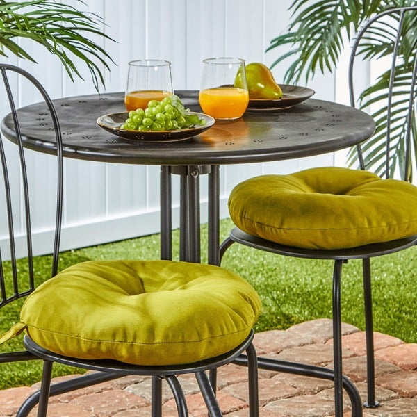 15-inch Round Outdoor Kiwi Bistro Chair Cushions (Set of 2)