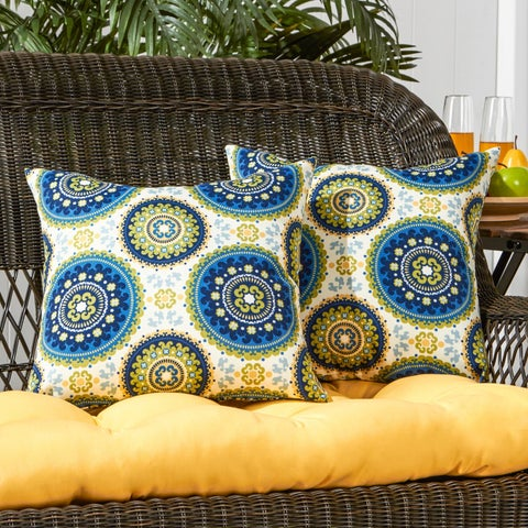 Porch & Den Rosewood Muse Summer Outdoor 17-inch Accent Pillow (Set of 2)