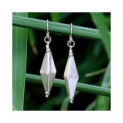 Handmade Sterling Silver 'Festive Thai' Earrings (Thailand)