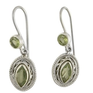 Handmade Sterling Silver 'Springtime Muse' Peridot Dangle Earrings (India)