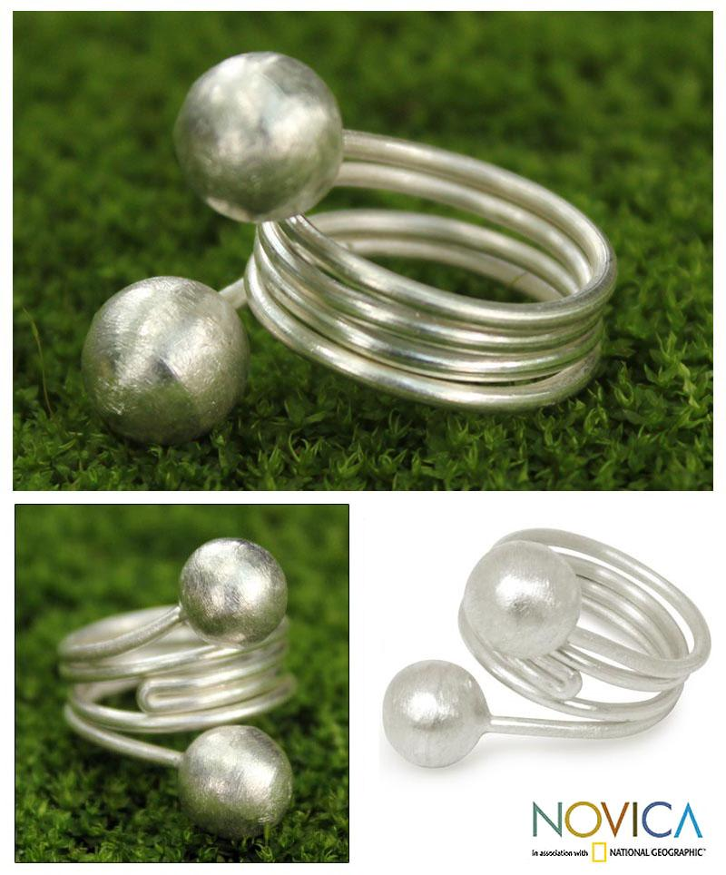 Sterling Silver 'Chiang Rai Rivers' Ring Thailand)