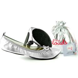 Fit In Clouds Women's Silver Patent Foldable Flats (Option: 11.5)