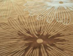 nuLOOM Handmade Pino Gold Floral Burst Rug (6' x 9')
