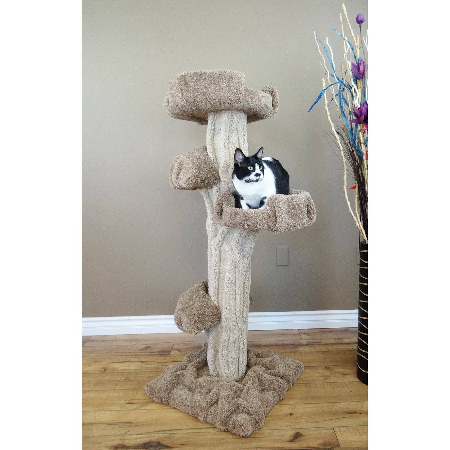 New Cat Condos Large Play Cat Tree (Brown/Beige)