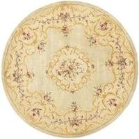 Safavieh Handmade Light Green/ Beige Hand-spun Wool Rug - 8' x 8' Round