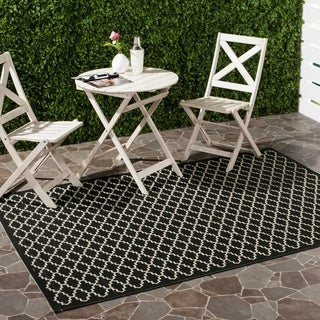 Safavieh Poolside Black/Beige Stain-Resistant Indoor/Outdoor Rug (9' x 12')