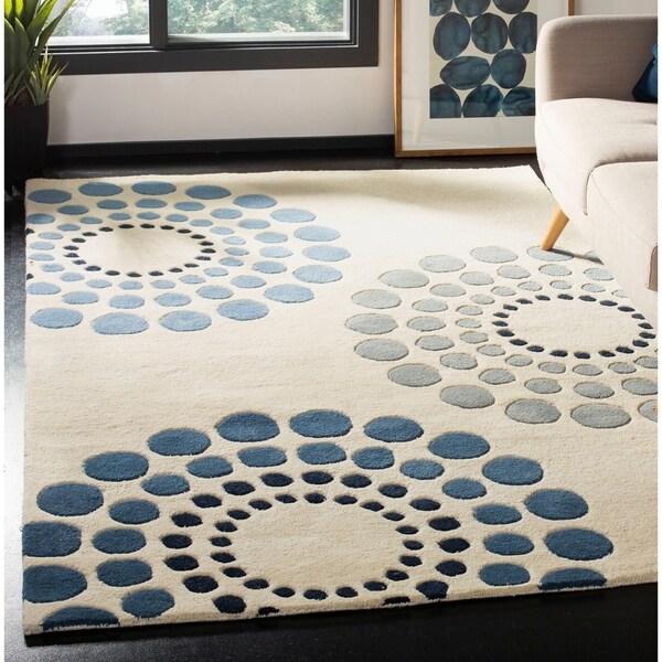 "Safavieh Handmade Soho Celeste Ivory New Zealand Wool Rug - 7'6"" x 9'6"""