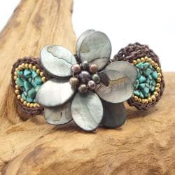 Handmade Black Mother of Pearl Floral Center Turquoise Bubble Bracelet (Thailand) - Thumbnail 1