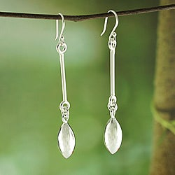 Handmade Alpaca Silver 'Marquise Linear' Dangle Earrings (Mexico)