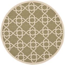 Safavieh Courtyard Geometric Trellis Green/ Beige Indoor/ Outdoor Rug (5'3 Round)