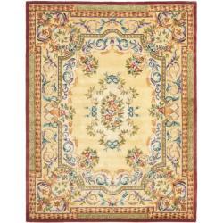 Safavieh Handmade Aubusson Loubron Gold Wool Rug (9'6 x 13'6)