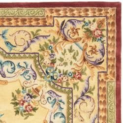 Safavieh Handmade Aubusson Loubron Gold Wool Rug (8' x 10')