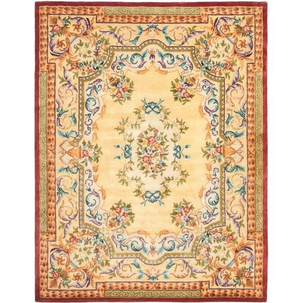 Safavieh Handmade Aubusson Loubron Gold Wool Rug - 8' x 10'