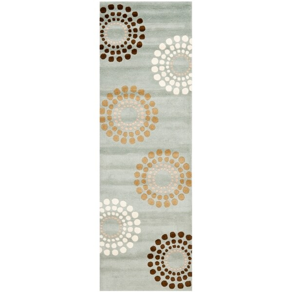 "Safavieh Handmade Soho Celeste Blue New Zealand Wool Rug - 2'6"" x 8'"
