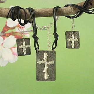 Handcrafted Pewter Silvertone Twig Cross Cord Necklace and Earrings Set (India)